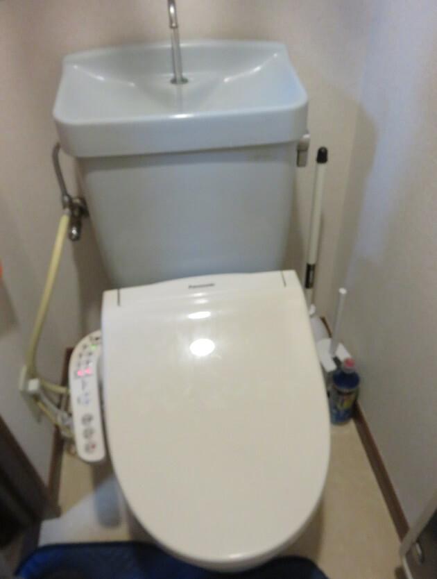 頻繁に詰まるトイレの修理完了